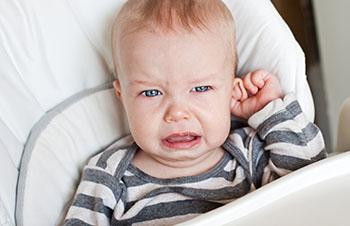 Kinder haben häufig Ohrenschmerzen